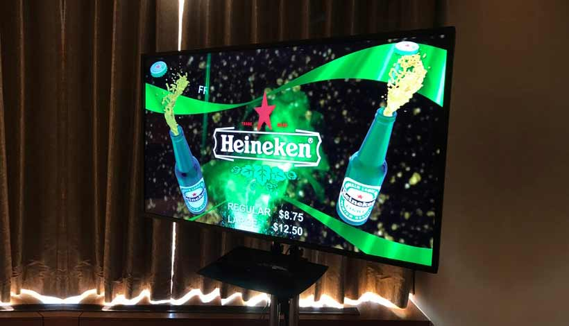 Picture Of Digital Signage LCD screen showing Heineken advertising with the 3D Ultra D Screen Feature