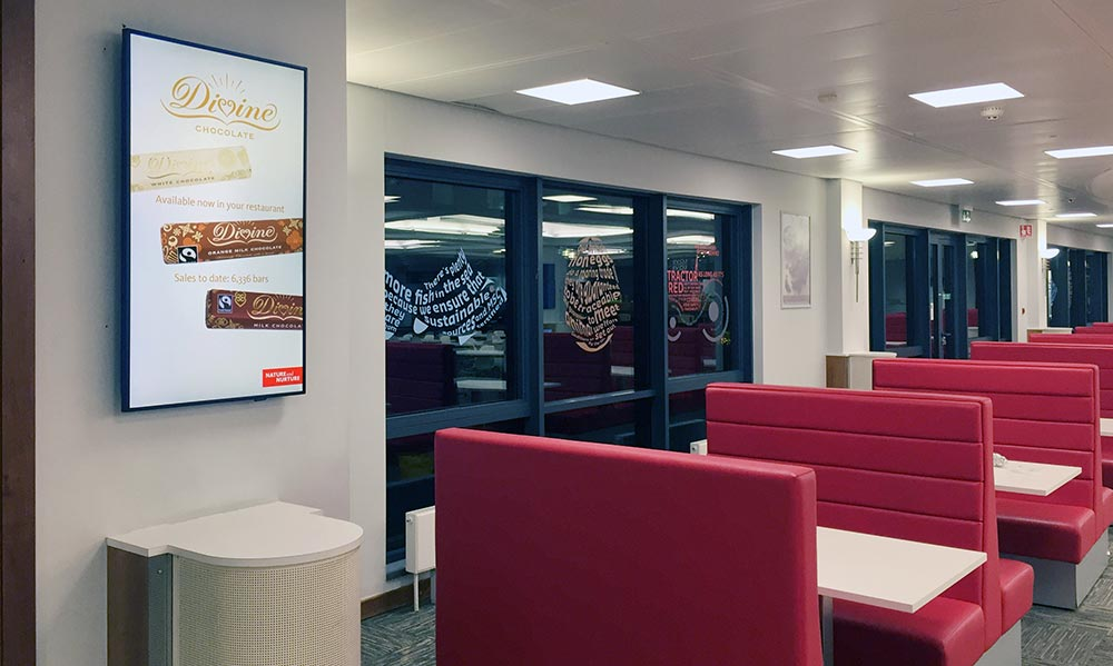 Sodexo Santander Diner with digital signage on wall